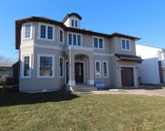 887 Woodmere Dr, Valley Stream image