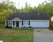 104 Greenleaf Drive, Greer image